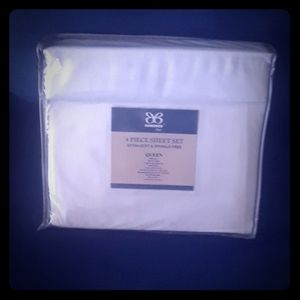 Extra Soft White Queen Sheet Set